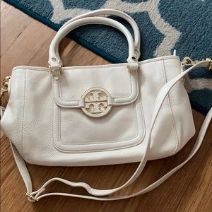 White Tory Burch purse